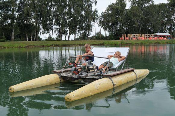 Met de pedalo genieten van een tochtje op de vijver behoort uiteraard opnieuw tot de mogelijkheden tijdens het Vijverkaffee