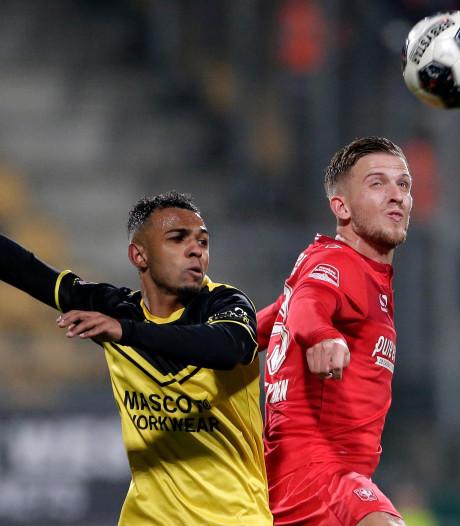 Deventenaar Van der Heyden vervangt Smith bij FC Twente