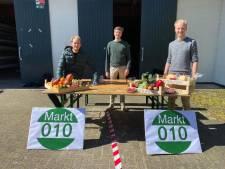 Drie vrienden zetten alternatief voor Rotterdamse markten op: Een drive-through voor de klanten