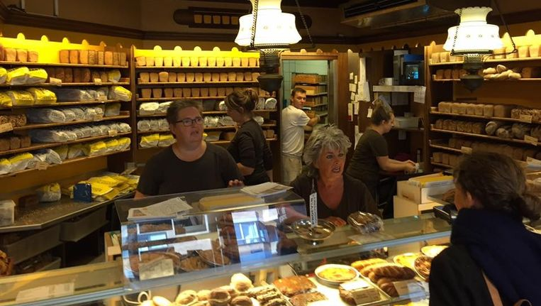 Bakkerij Hartog's Volkoren op de Ruyschstraat. Beeld Hartog's Volkoren