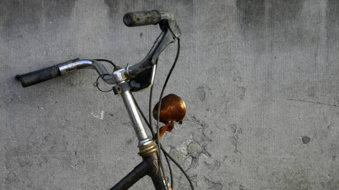 Waarom 7 op 10 studenten fietsen zonder licht: te lui