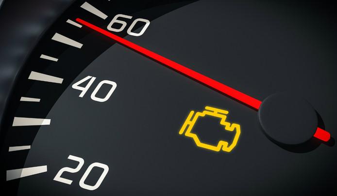 Dit is het meest gevreesde waarschuwingslampje in een auto