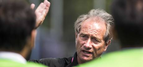 Oltmans stopt al na zes maanden als bondscoach Pakistan