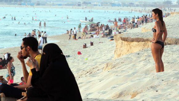 Archiefbeeld van een strand in Dubai.