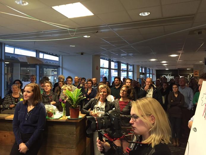 Jonge ondernemers van Misfits Uden openen locatie in voormalig Rabobankgebouw