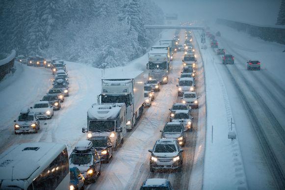 Het verkeer moet vandaag en morgen rekening houden met grote problemen.