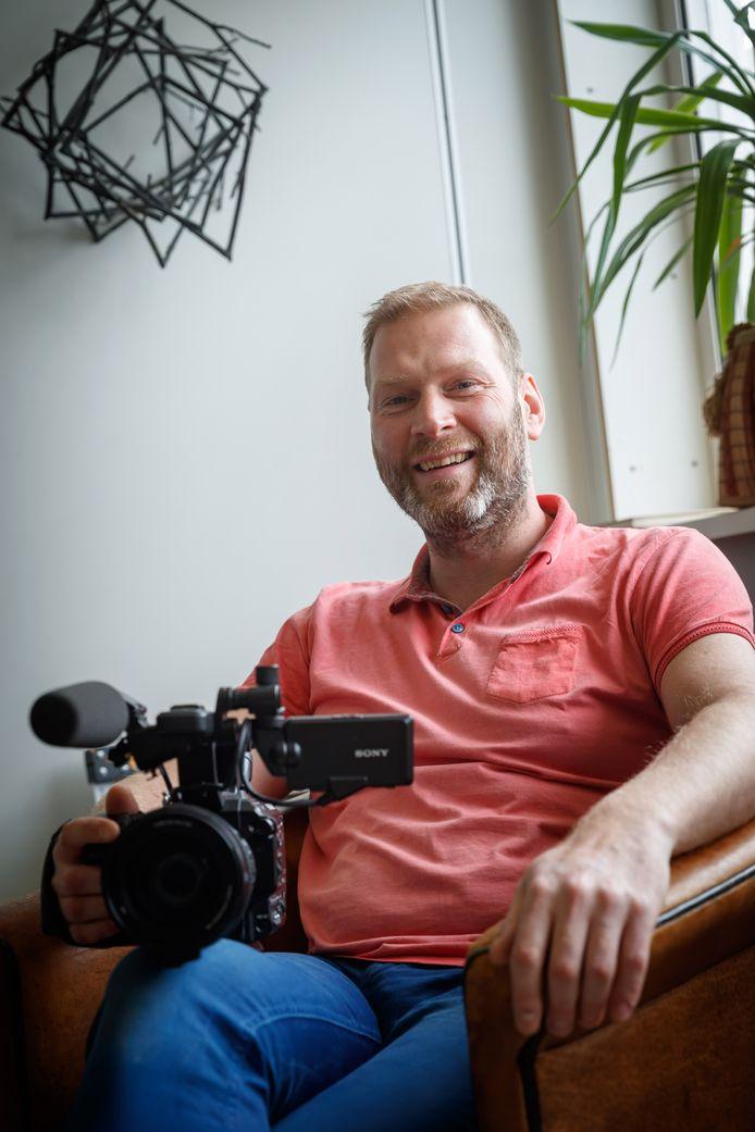 Marco Kleijnendorst helpt ondernemingen én goede doelen bij het omzetten van hun boodschap in een pakkende video of animatie.