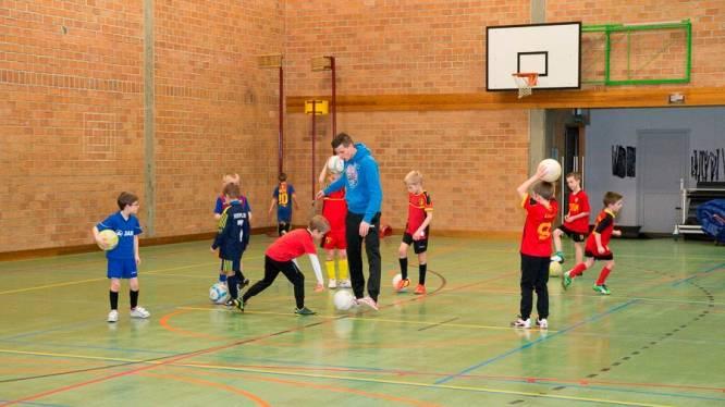 Kinderen tot 13 jaar mogen vanaf zaterdag ook weer binnen sporten