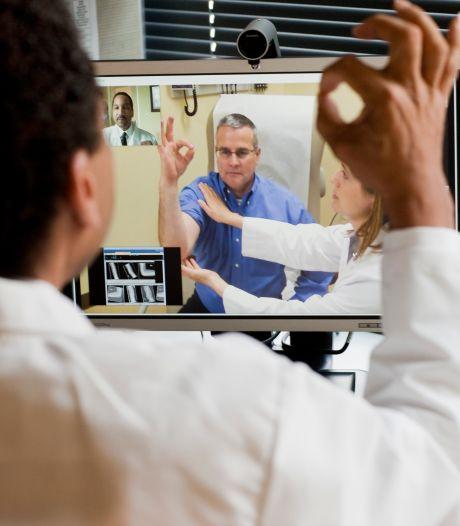 Patiënt hoeft niet meer naar MST; artsen doen videoconsult