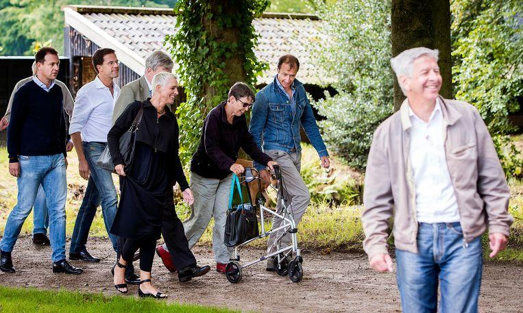 Een deel van het kabinet tijdens de 'heisessie' van vorig jaar in Diepenheim: Asscher (links), Rutte, Mansveld, Klijnsma, Wiebes en Plasterk. Beeld anp