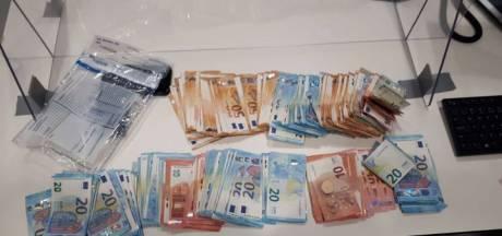 Man (22) met 11.000 euro contant geld in Bergen op Zoom aangehouden voor witwassen
