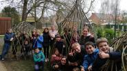 Leerlingen VBS Borsbeke bouwen wilgententen