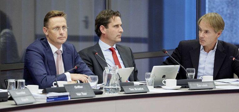 Kamerleden Ten Broeke (VVD), Servaes (PvdA) en Van Bommel (SP) bij het debat over de Irakmissie. Beeld anp