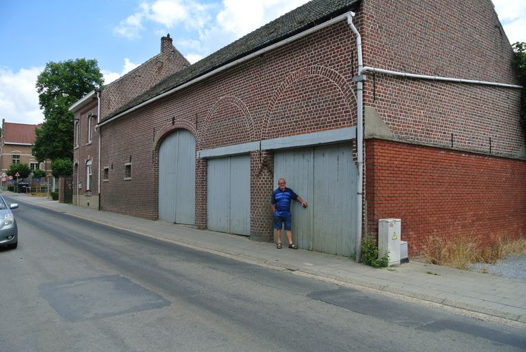 Hoeve Clabots in de Beekstraat in Sint-Joris-Weert met buurtbewoner Johan Cottenie van SP.a-plus Oud-Heverlee