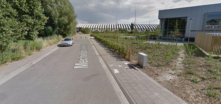 De Mechelsbroekstraat ten tijde van de paaltjes.
