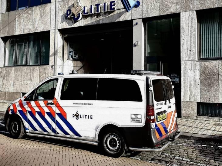 Tilburger stalkt en bedreigt agent die buiten diensttijd met zijn jonge kinderen door de stad loopt