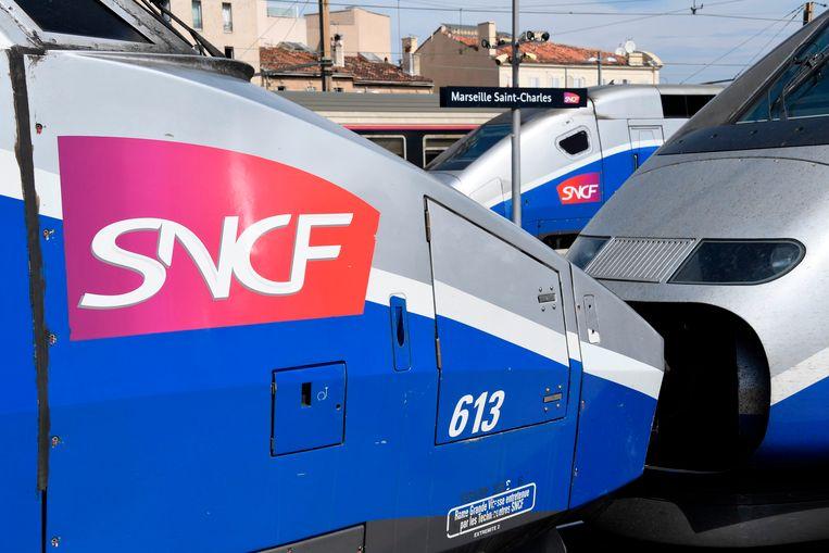 TGV's van de Franse spoorwegmaatschappij SNCF in Marseille.