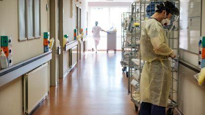 """OVERZICHT. """"Cijfers lijken te stabiliseren"""": 578 nieuwe patiënten in ziekenhuizen opgenomen, 132 nieuwe overlijdens"""