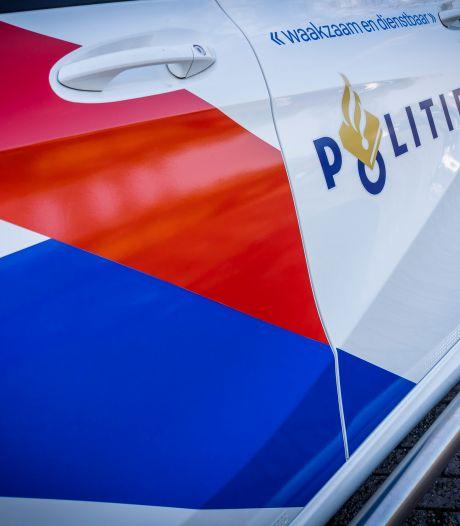Ramkraak met rode Canta in Landsmeer: twee personen op de vlucht