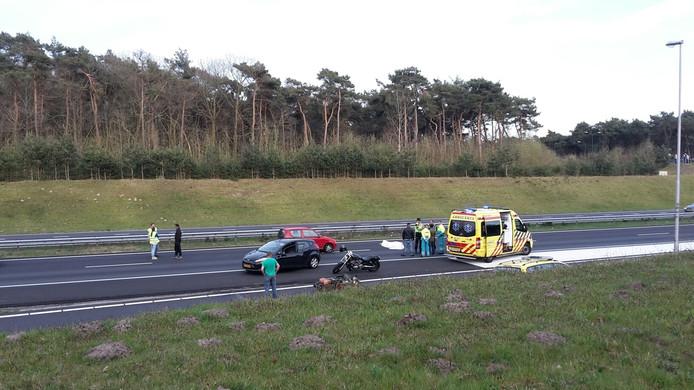 Aanrijding met een motorrijder op de A50 bij Son