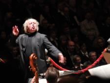 Dirigent Pieter Jan Leusink beschuldigd van grensoverschrijdend gedrag