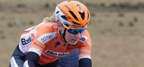 Nederlandse wielrensters domineren in Emakumeen