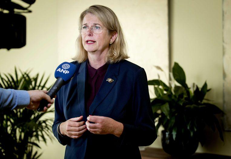 Pauline Krikke, burgemeester van Den Haag, reageert op het rapport over de vreugdevuren tijdens de jaarwisseling in Scheveningen.  Beeld ANP