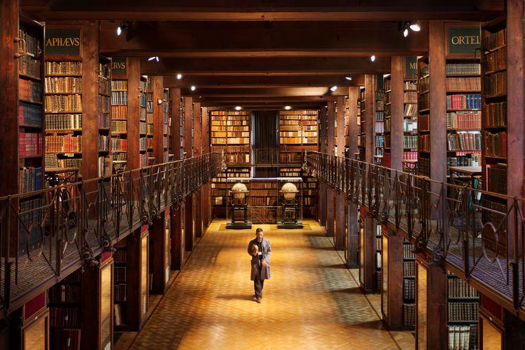Vanaf donderdag 9 juli kan het publiek elke donderdag en vrijdag, om 10 en 14 uur, aansluiten bij een gegidste rondleiding 'Schatten van de Nottebohmzaal' voor individuele bezoekers door de magische Nottebohmzaal van de Erfgoedbibliotheek Hendrik Conscience in Antwerpen.