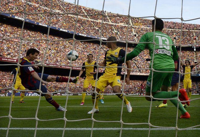 Messi klopte Courtois bij 1-1, maar zijn goal werd (onterecht) wegens buitenspel afgekeurd.