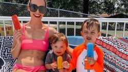 Moeder bedenkt poepsimpele truc om kinderen meer water te doen drinken