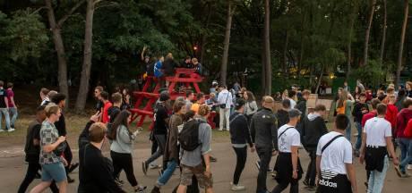 Omstanders filmen dief op camping WOO HAH!: 'Ketting met emotionele waarde weg'