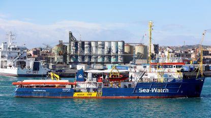 Italiaanse regering laat toe dat 10 migranten van reddingsschip mogen