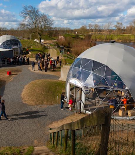 GeoFort opent tentoonstelling Fake Maps in nieuwe domes