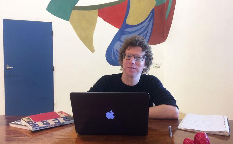 Arnon Grunberg in het Stedelijk Museum in Amsterdam Beeld null