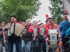 Sfeer zat er goed in op Straatkorenfestival Luttenberg
