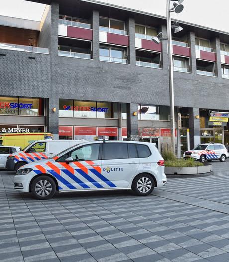 Man steekpartij Pieter Vreedeplein in Tilburg heeft letsel zelf aangebracht