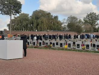 Brusselse begrafenisondernemers lappen coronaregels aan hun laars in Zaventem: tientallen aanwezigen op begraafplaats