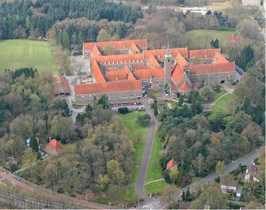 Het kloostercomplex is indrukwekkend.
