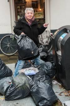 Mensen mailen of bellen over falende straatverlichting, losse stoeptegels of vuilniszakken