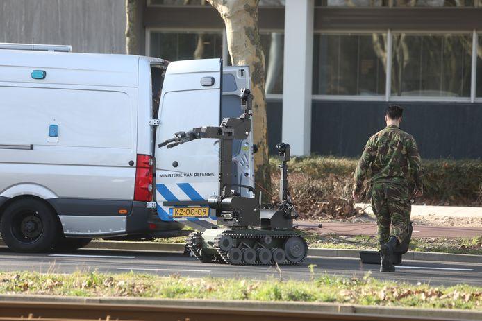De Explosieven Opruimingsdienst (EOD) in actie.