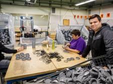 Enrico (18) uit Steenwijk is geslaagd en kan gelijk aan het werk: 'Dat neemt de zorgen weg'