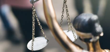 Agent uit Helmond die man op Stratumseind aanreed krijgt lichtere straf