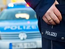 Voetgangster (22) zwaargewond bij aanrijding in Velen