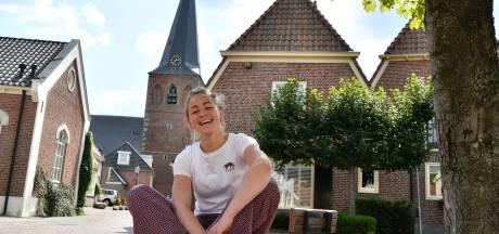 Imke Wieffer (27): 'Mensen zijn dan echt trots dat er iemand uit Twente meedoet aan Robinson'