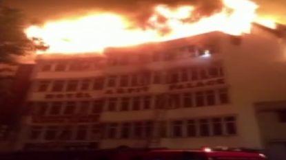 Zeker 17 doden bij verwoestende hotelbrand in New Delhi