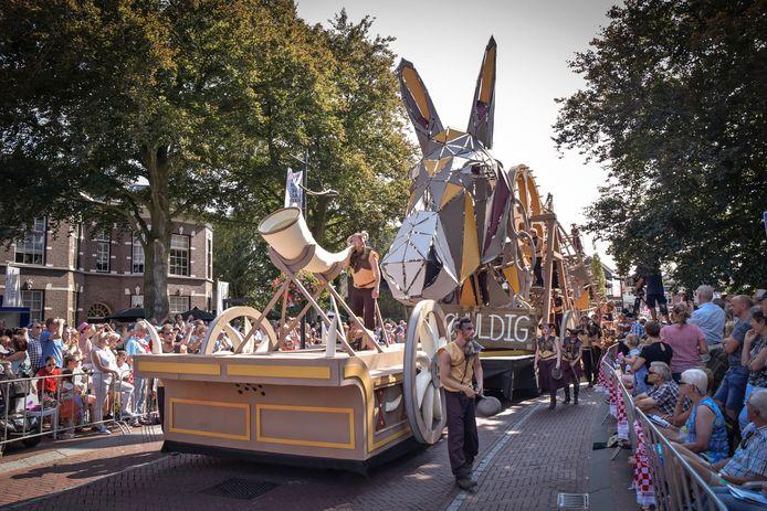 De Brabantsedag in Heeze is een jaarlijks spektakel dat veel publiek trekt. Heeze is ook van de partij tijdens de grote Brabant Stoet op 16 september in Bergen op Zoom.