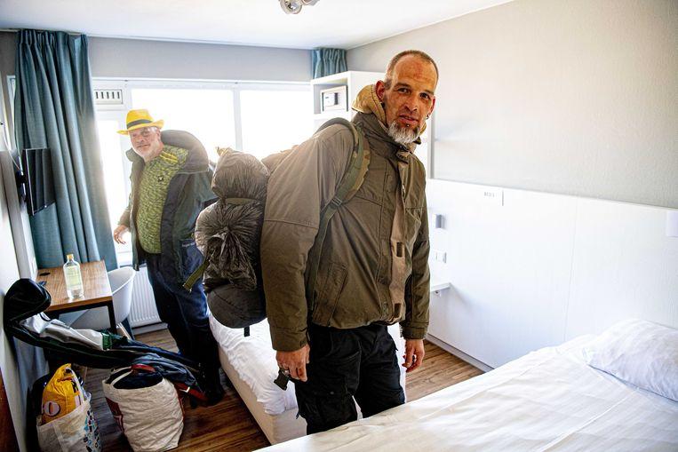 Voor daklozen is een hotel misschien een paar dagen leuk, maar dan? 'Ze kunnen geen kant op en hebben geen idee hoe lang het wachten nog duurt.' Beeld ANP