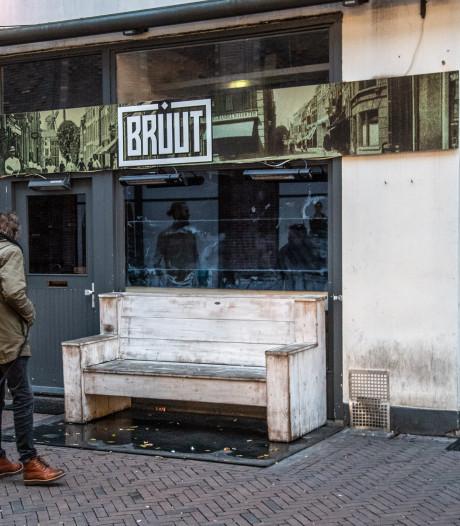 Granaatcafé Bruut in Zwolle verzegeld na negeren uitspraak rechter