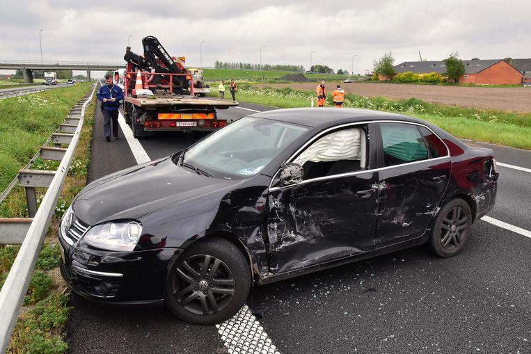 De beschadigde auto van het gezin uit Torhout.