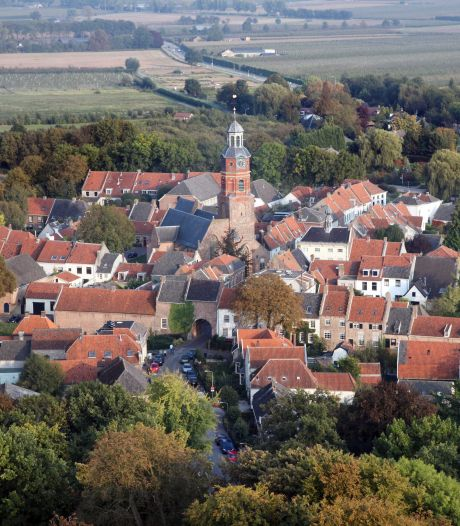 De Sint-Lambertuskerk gaat oranje kleuren
